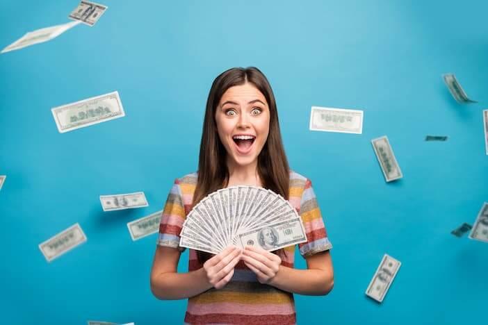 woman-wins-lottery